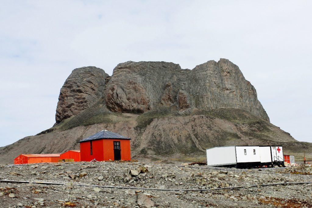 Tres Hermanos behind Carlini Station, King George Island.